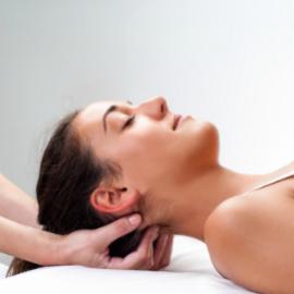 Osteopathische Behandlung der Nackenmuskulatur