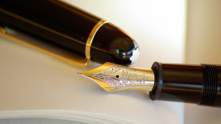 Fueller und Tagebuch zum Schreiben als Therapie